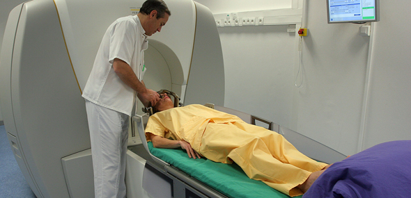 Photo Gamma Unit - Radiochirurgie Gamma Knife - Hôpital de la Timone